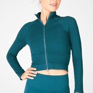 ❄️3/$25 NWT FABLETICS Kinsley Cropped Jacket